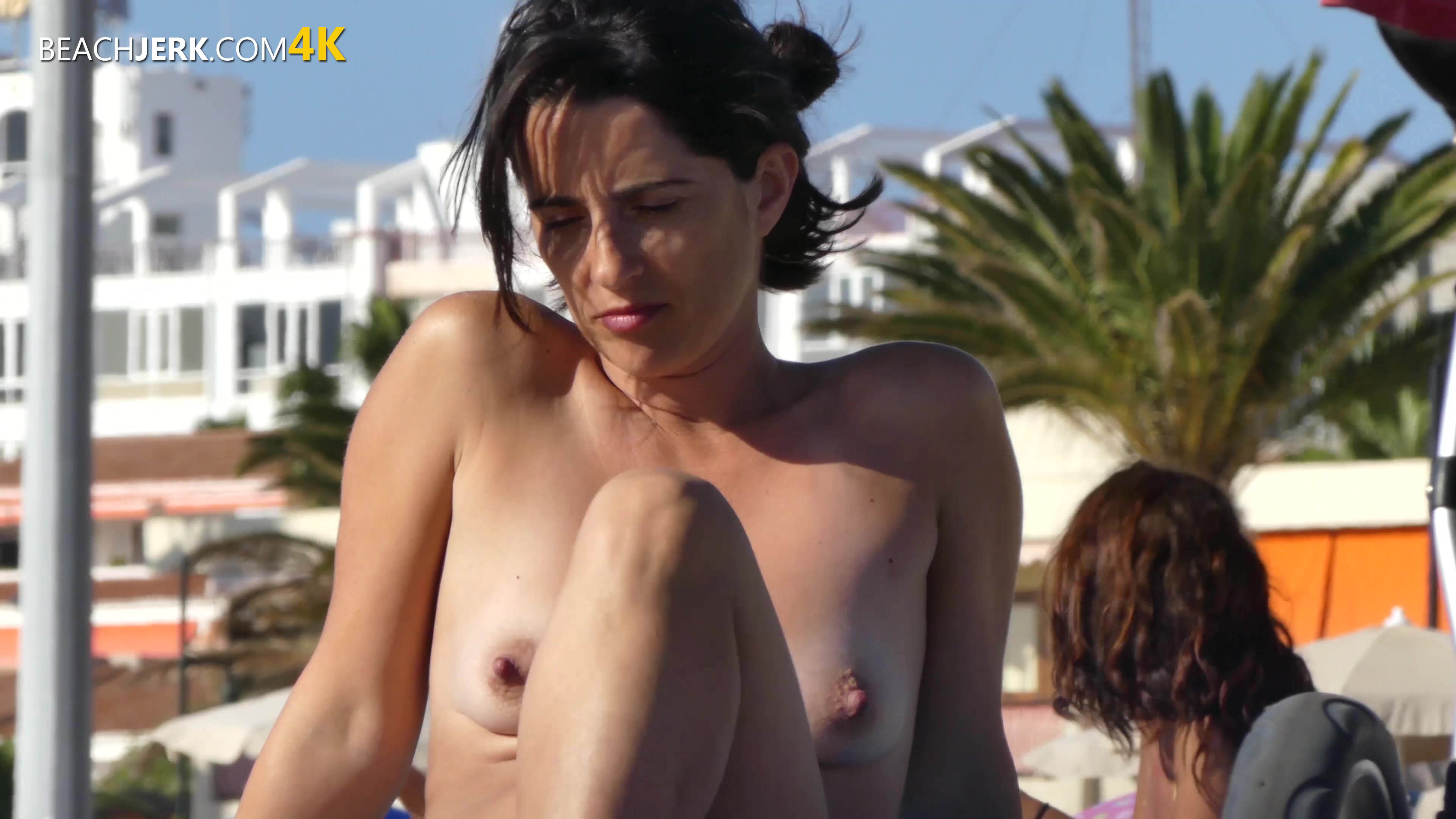 Definition of perky - 1 part 8