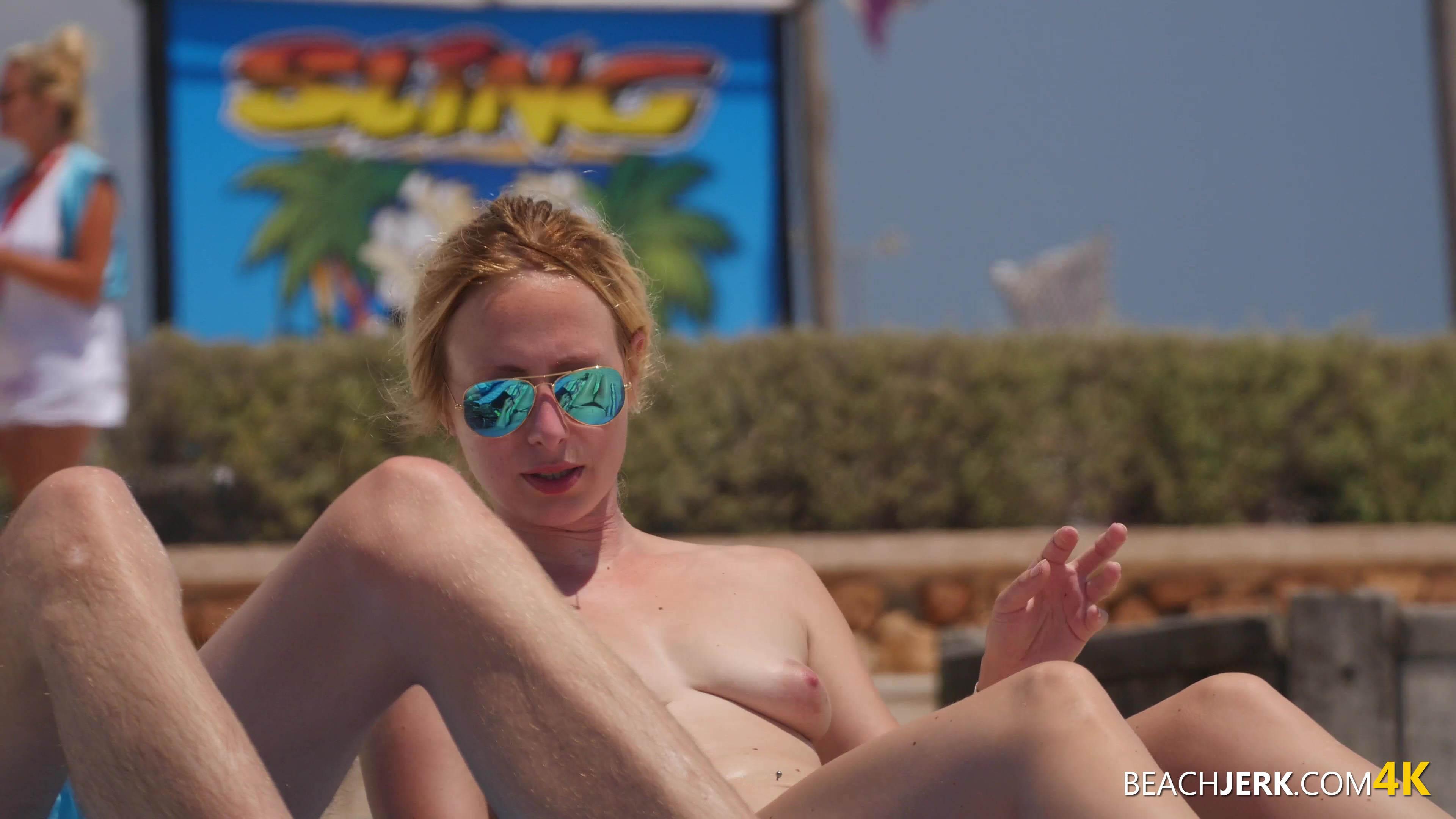big blonde nips free voyeuristic photos of topless babes