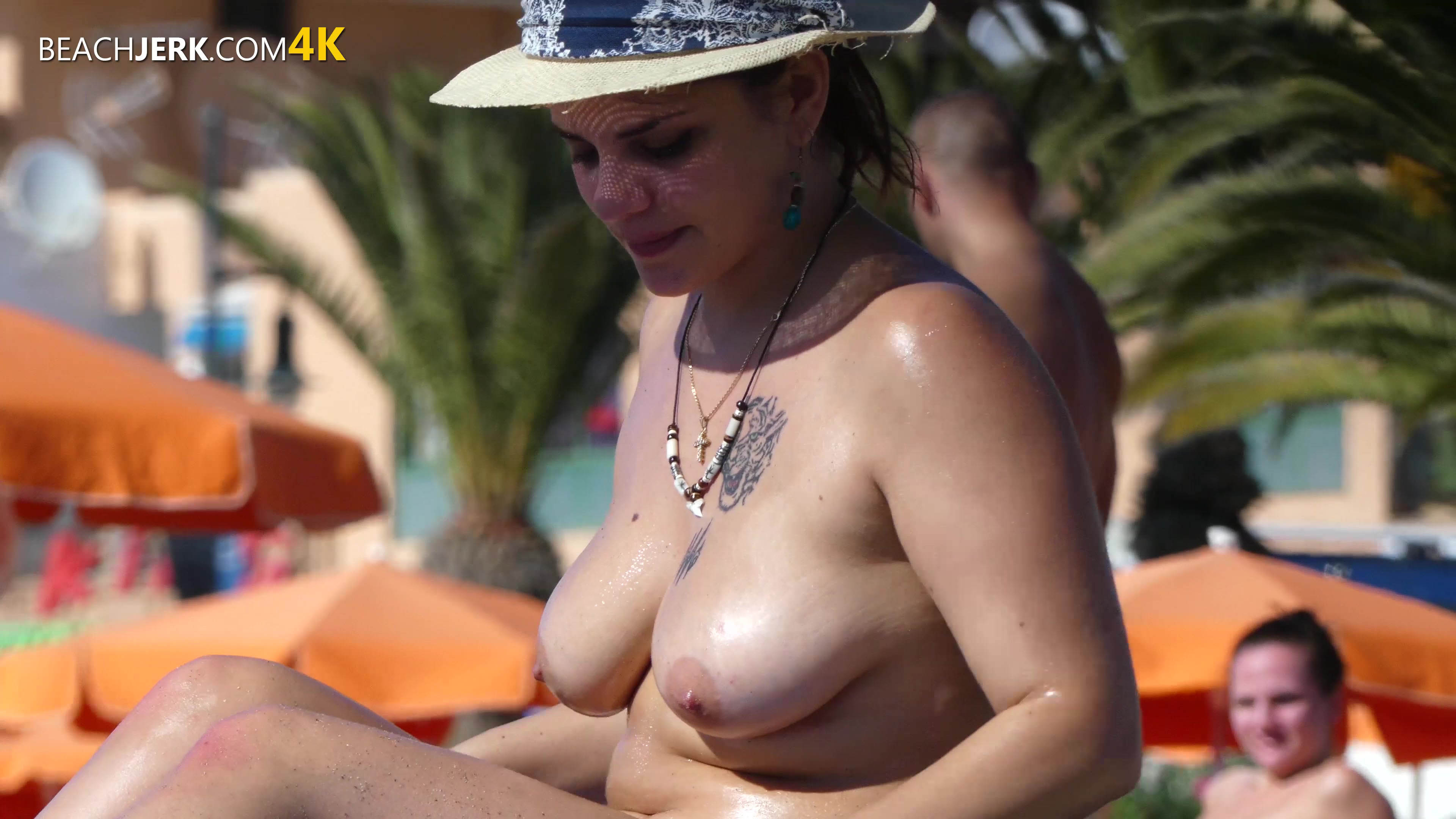 Big Tits Girlfriend - Free voyeuristic photos of topless ...